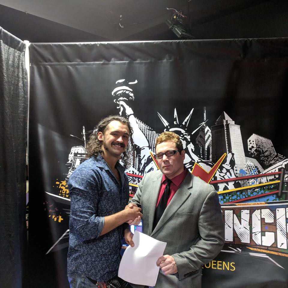 Anthony Green WWN signing 2019